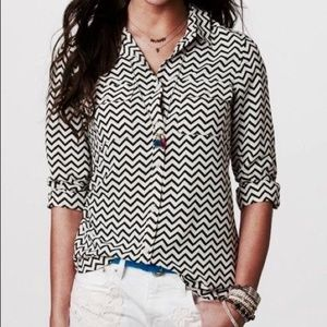 American Eagle Chevron Blouse Button Down